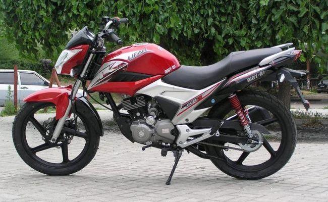 Мотоцикл Lifan LF150-2E внешний вид сбоку