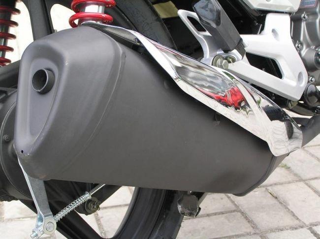 Выхлопная труба мотоцикла Lifan LF150-2E