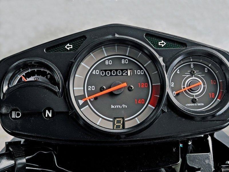 Приборная панель мотоцикла Lifan LF200-16C Apache